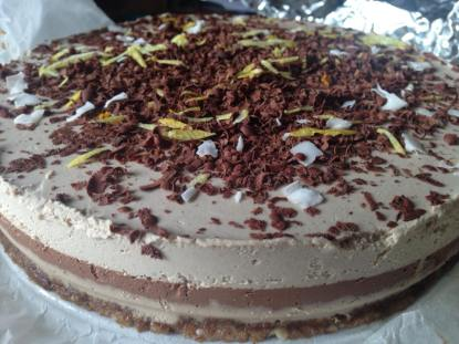 vegefreque raw vegan tiramisu!